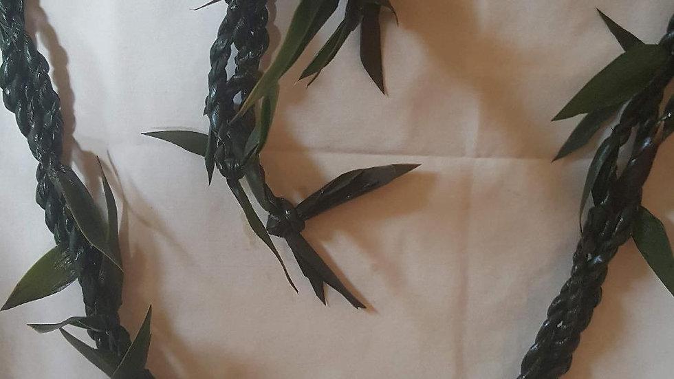 Braided Ti-Leaf