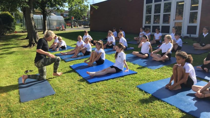 Yoga & HMB school program