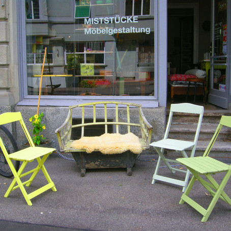 Stühle, Sitzgelegenheiten