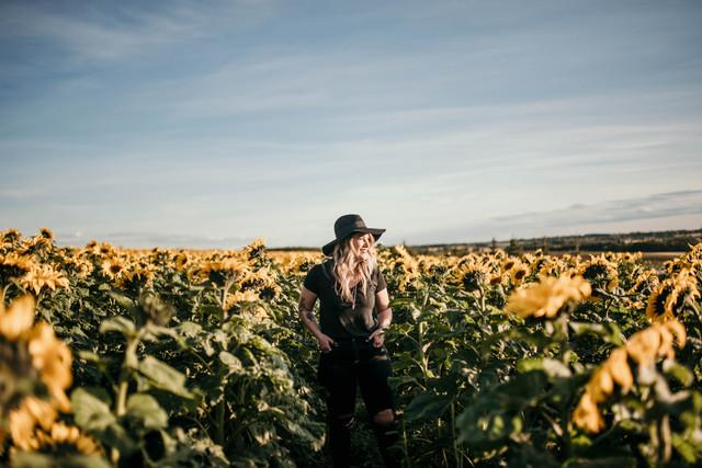 Bowden Sunflower Maze Portrait Session