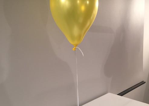 2g- Balloon Holder