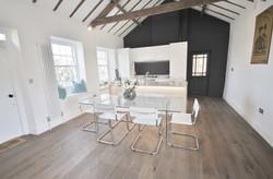 14.-Wagonway-Lodge-Kitchen-and-dining-Custom-1140x750