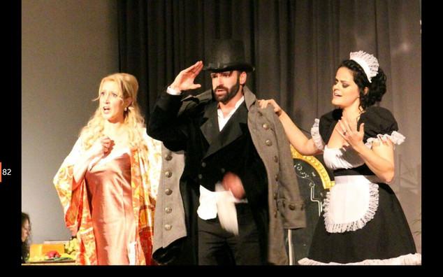 Die Fledermaus (Claudia/ Rosalinde; Lucy/ Adele// Operette; 2016)