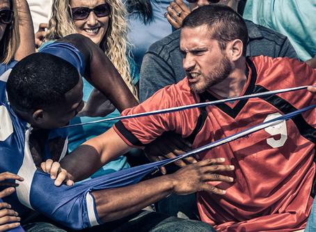 A interface entre a Odontologia e as torcidas organizadas no futebol brasileiro
