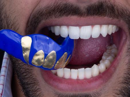 *Artigo comentado: The use of mouthguards and prevalence of dento-alveolar trauma among athletes - r