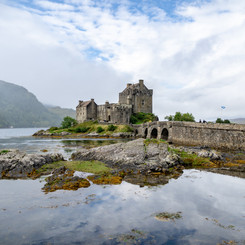 GET UP CLOSE TO FAIRYTALE CASTLES