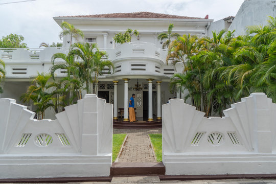 Art Deco Galle