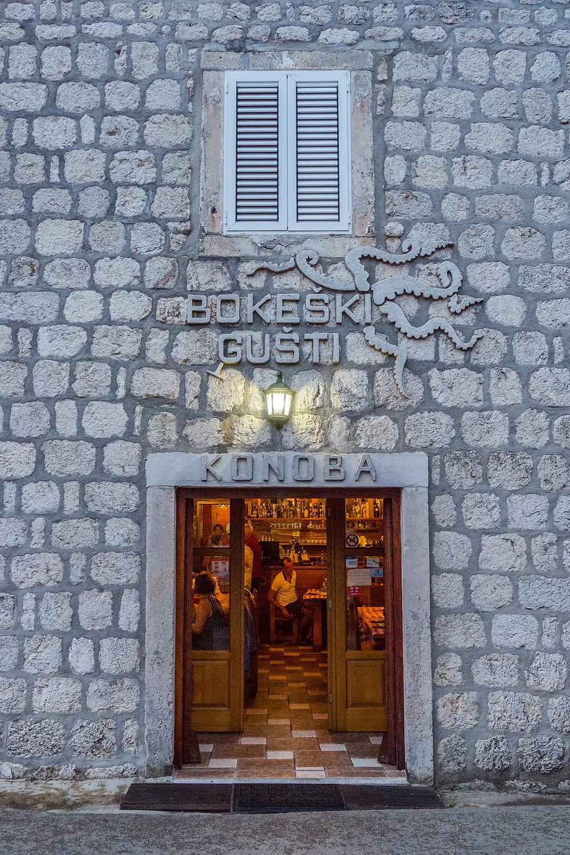Bokeski Gusti - Restaurant