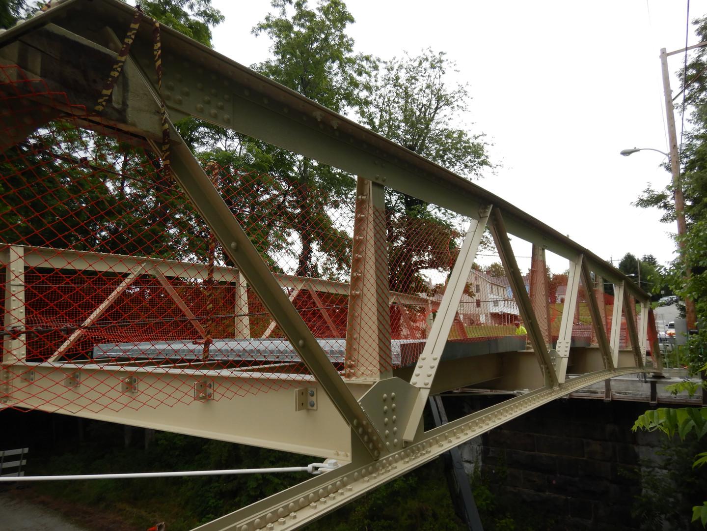 South truss looking east.JPG
