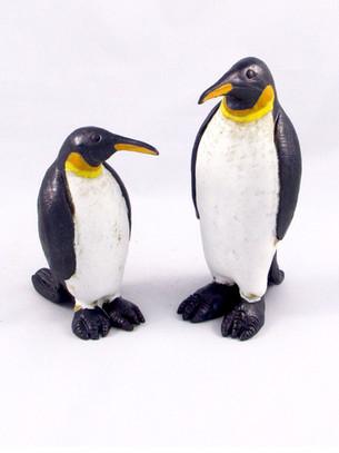 Pentimento Ceramics and Print_Penguin_seabird_antarctica_ice_polar icecaps_animal sculpture_bird sculpture_birds in clay_ceramic penguin_original art_hand built ceramics
