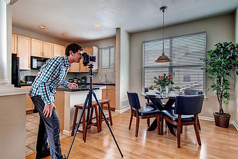 Real Estate Photographer.png
