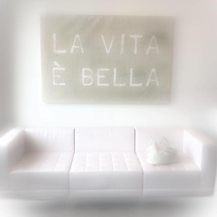La Vita E Bella.jpg