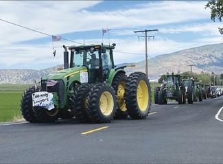 Klamath farmers protest early water cutoff