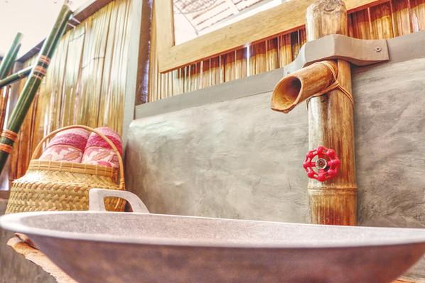Poki Poki Togeans Bamboo Room Bathroom.jpg