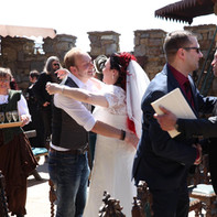 Der Hochzeits DJ und die Braut zur Hochzeit