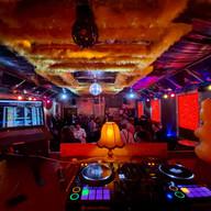 DJ Görlitz mit Technik von Pioneer