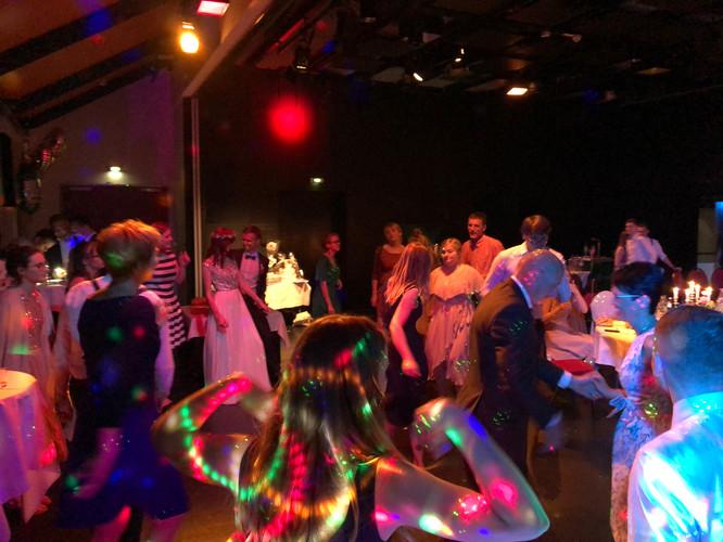 Hochzeitsfeier in Chemnitz bis die Wolken wieder lila sind