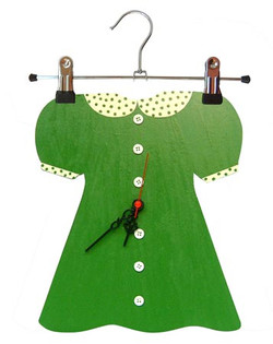 Yeşil Elbiseli/Green dress 100 TL