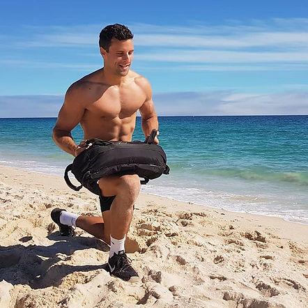 #fitnessshoot #longday #beach #sandbagwo