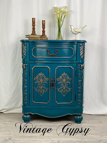 Cabinet in Siren Song