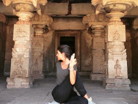 Yoga Asana: Torsiones
