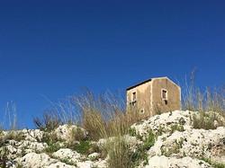 Wyethesque house, Greek theater