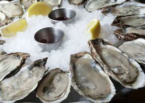 Your Guide to $1 Oyster Happy Hours