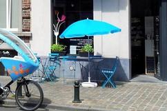 cyclo devant l'atelier.jpg