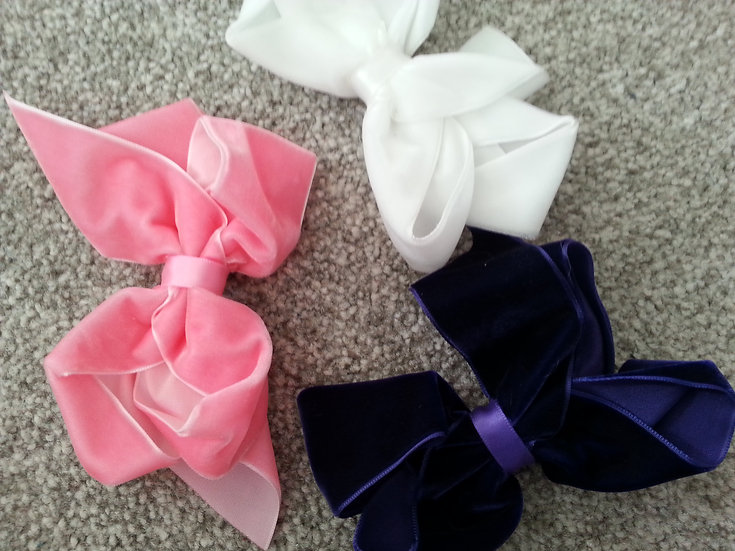 Velvet Bow With Integral Clip