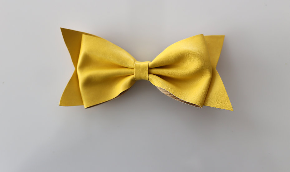 Leatherette Bow With Integral Clip