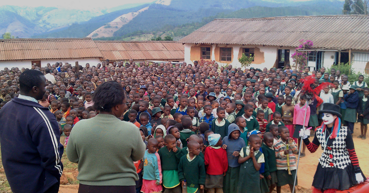 Ingo at Chikokwa Primary School, Chimanimani, Zimbabwe, 2011 rduced