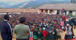Ingo at Chikokwa Primary School, Chimanimani, Zimbabwe, 2011 rduced