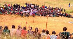 Ingo entertains Chikokwa Orphans and Primary School.  Zimbabwe. 2011 reduced