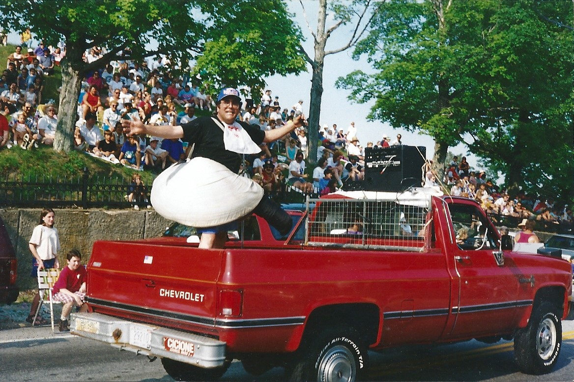JB Clam man on truck0001