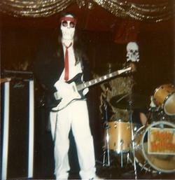 Joe Skeletone0001