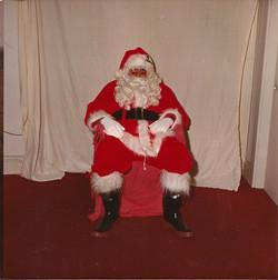 JB Santa in chair0001