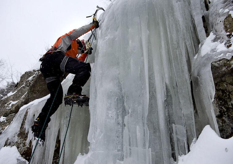 Ice Climbing 2015 (15).jpg