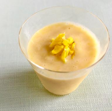 伊予柑とヨーグルトのフローズン甘酒ドリンク