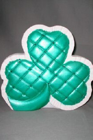 Large quilted shamrock light