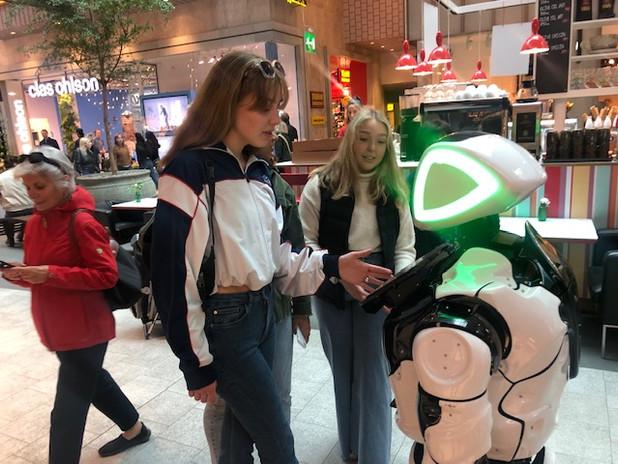 Robot at the shopping center.jpg