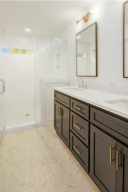 Noda - Custom Bathroom