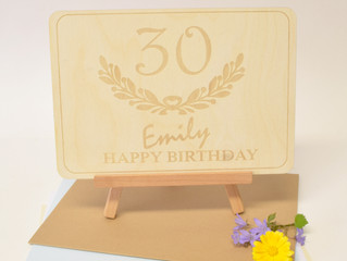 For that extra special finishing touch to your card...add a wooden display easel!