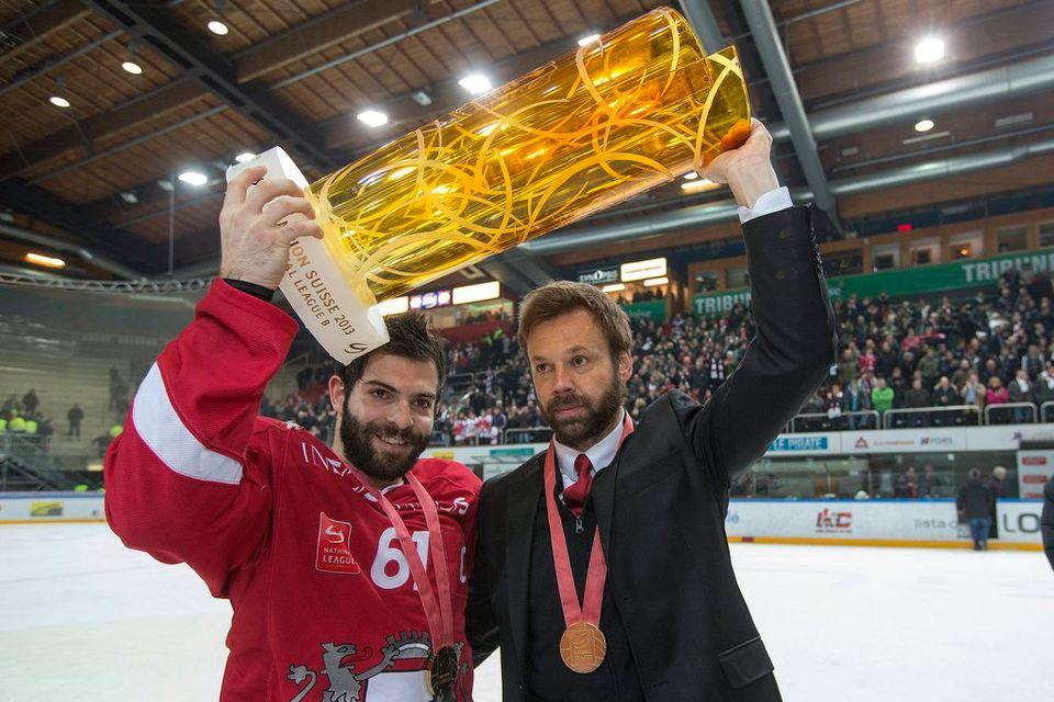 Florian & le Coach Zenhausern avec la Coupe