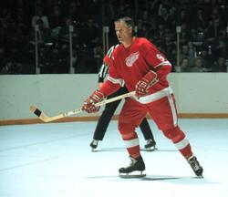 #9 Gordie Howe