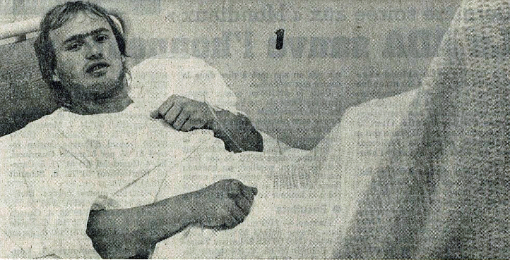 Thierry Andrey sur son lit d'hôpital