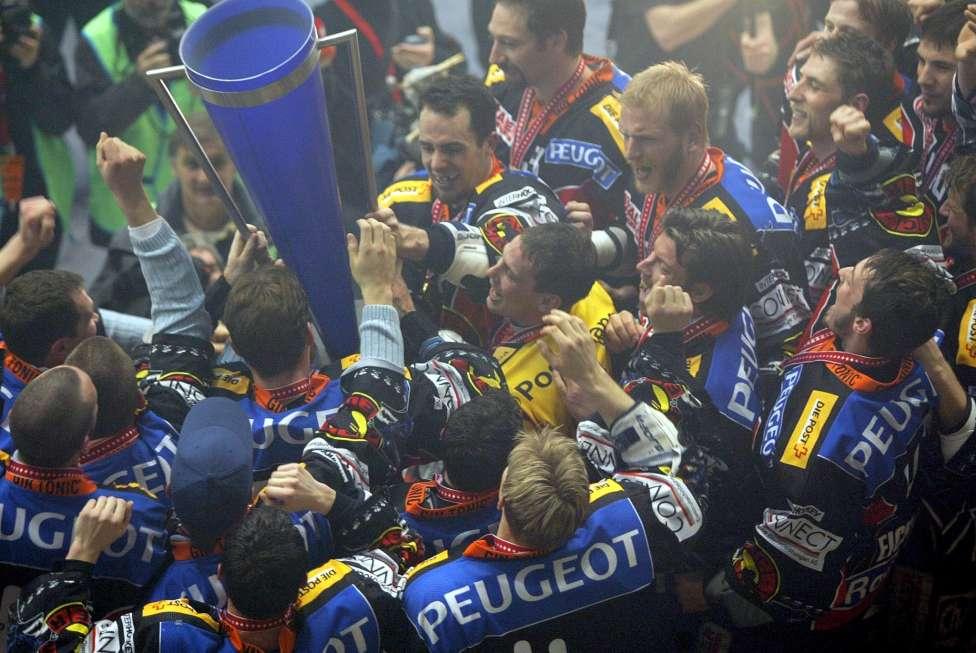 SC Bern Champions 2004