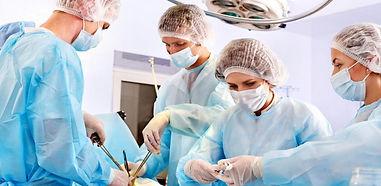 auxiliares-de-enfermeria-cuidado-pacient