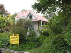 Banksia Cottage. 'For Sale'