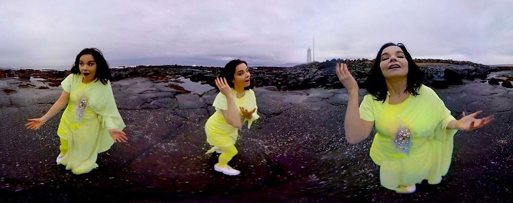 Extraída de http://www.buenosaires.gob.ar/noticias/bjork-digital-una-exposicion-inmersiva-de-realidad-virtual
