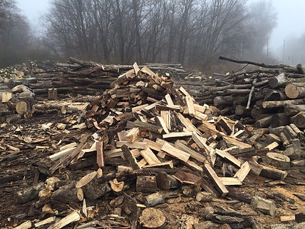 Seasoned Firewood Lot in Noblesville Indiana